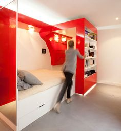 Tags: #Decoration #InteriorDesign #Home #Casa #Bedroom #Color #Red #White #Quarto #Vermelho #Branco #Inspiration