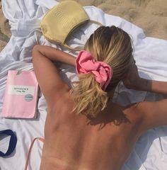 𝐍𝐄𝐖 𝐃𝐈𝐎𝐑𝐊 - Beauty Photography Summer Dream, Summer Girls, Summer Time, Pink Summer, Summer Hair, Dress Summer, Summer Feeling, Summer Aesthetic, Aesthetic Beauty