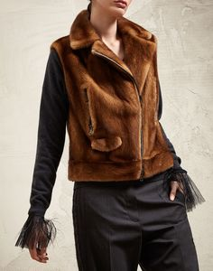 Coats, blazers and jackets for women. Discover the fall winter outwear collection on Brunello Cucinelli online boutique. Vest Jacket, Leather Jacket, Colourful Outfits, Blue Outfits, Fur Coat Fashion, Brown Outfit, Fashion Details, Fashion Design, Jackets For Women