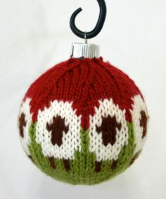 Sheep Balls Knitting pattern by Dona Carruth : Sheep Balls Knit Christmas Ornaments, Christmas Knitting, Christmas Crafts, Christmas Tree, Ball Ornaments, Christmas Balls, Knitting Patterns Free, Free Knitting, Crochet Patterns
