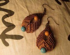 Macrame earrings in turquoise por SinuMacrame en Etsy