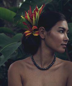 World Ethnic & Cultural Beauties Polynesian Girls, Polynesian Dance, Polynesian Culture, Hawaiian Woman, Hawaiian Girls, Hawaiian Art, Hula Dancers, Photo D Art, Island Girl