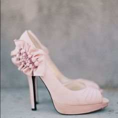 The Best of Wedding Instagrams featured on modernwedding.com.au // Pink + ruffles + shoes = heaven! Photography: @martalocklearphoto, Shoes: @shop_miashoes