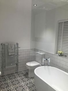 Is your home in need of a bathroom remodel? Give your bathroom design a boost with a little planning and our inspirational 65 Most Popular Small Bathroom Remodel Ideas on a Budget in 2018 Ensuite Bathrooms, Bathroom Toilets, Grey Bathrooms, White Bathroom, Beautiful Bathrooms, Master Bathroom, Family Bathroom, Bathroom Vanities, Bathroom Sets