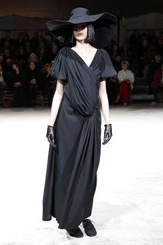 yohji yamamoto shoes, hat and gloves