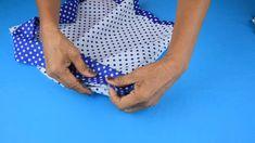 ¡Fácil! Aprende Cómo Hacer Un Vestido De Niña De Forma Fácil Y Trae Patrones | Manualidades eli... Baby Girl Dresses, Beach Mat, Outdoor Blanket, Cami, Bikinis, Infant Dresses, Fabric Dolls, Costumes, Shape