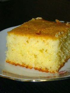 Trec zilele ca nebunele si fara sa-mi dau seama aproape am ajuns la sfarsitul lunii mai. Si daca este sfarsit de luna, atunci e musai sa . Sugar Free Recipes, Sweets Recipes, Cake Recipes, Cooking Recipes, Romanian Desserts, Romanian Food, Good Food, Yummy Food, Dessert Drinks