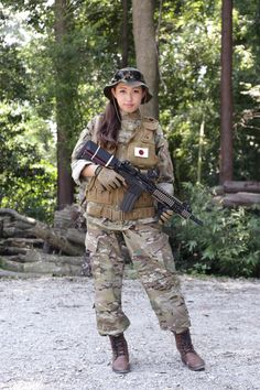 Airsoft Player in Japan. Fashion Photo Woman. Multicam BDU #camo #Military #girl…