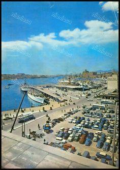 Λιμάνι Πειραιά, 1962. Greece Pictures, Old Pictures, Old Photos, Greece History, Athens Greece, Old City, Ideal Home, Sailing, The Past