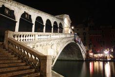 Ponte di Rialto, Venezia, Italy by Christophe Cario