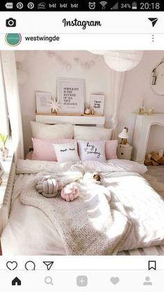 Girl Room Decor Ideas - How can I clean my room in 1 minute? Girl Room Decor Ideas - How do I clean my room perfectly? Cute Bedroom Ideas, Cute Room Decor, Girl Bedroom Designs, Teen Room Decor, Bedroom Decor Ideas For Teen Girls, Bad Room Ideas, Pink Bedroom For Girls, Pink Room, Light Pink Bedrooms
