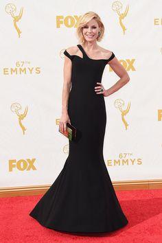 Premios Emmy 2015 - Julie Bowen por Georges Chakra.