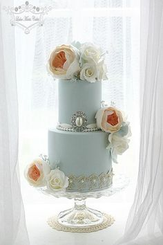 Wedding Cake Inspiration More Elegant Wedding Cakes, Elegant Cakes, Beautiful Wedding Cakes, Gorgeous Cakes, Wedding Cake Designs, Pretty Cakes, Cute Cakes, Amazing Cakes, Wedding Cake Inspiration