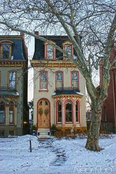 What a cute house!