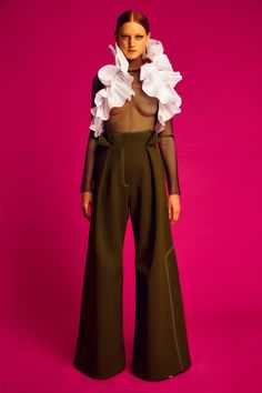 See the complete Ellery Resort 2017 collection.