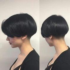 New Ideas Haircut Bob Undercut Short Wedge Hairstyles, Short Bob Haircuts, Hairstyles Haircuts, Haircut Bob, Medium Hair Cuts, Short Hair Cuts, Short Hair Styles, Wedge Haircut, Pelo Afro