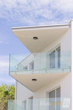 Balcony Glass Design, Glass Stairs Design, Window Grill Design, Glass Balcony, Railing Design, Glass Roof, Balustrade Balcon, Glass Balustrade, Wall Texture Design