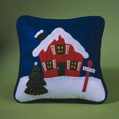 Crafts and Cia: Christmas Moulds Christmas Applique, Felt Christmas, Handmade Christmas, Christmas Stockings, Felt Crafts, Christmas Crafts, Christmas Decorations, Christmas Ornaments, Christmas Bedding