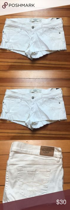 Abercrombie White Denim Shorts (size 2) Abercrombie & Fitch Distressed white denim shorts Size 2 A&F classic shorts New with tags! Abercrombie & Fitch Shorts Jean Shorts