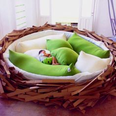 "nice ""nest"" :) [awsome bed!!!]"