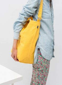 Baggu New Canvas Duck Tote Goldernrod - hardtofind | #yellow #Pantone109
