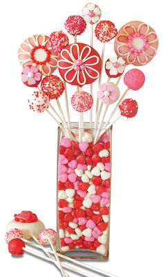 Flowers, candy and dessert - our Sweet Donut Bouquet may just be the perfect Valentine's Day gift!  Learn how to make it and enter for a chance to win a sweet prize here!