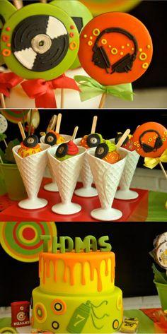 neon party ideas   Neon-glow-party-via-Karas-Party-Ideas-KarasPartyIdeas.com-neon-party ...