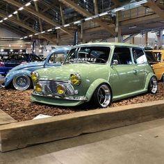 Owner: @kristian.andersen00 #mini #minicar #minicooper #minicoopers #miniclassic #miniuk #miniusa #classicmini #classicminis #globalmini #ukminis #minipeople #rovermini #oldmini #austinmini #car #cars #carporn #cargirl #cargirls #carlife #cargram #carinstagram #classiccars #garage #fastcar #itswhitenoise #caroftheday #dreamcar #stanceworks Mini Cooper Custom, Mini Cooper Classic, Classic Mini, Classic Cars, Bentley Continental Gt, Mini Coper, Austin Mini, Mini Morris, Mini Monster