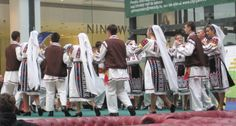 b romanian people traditional costumes roumanie roumains romeno Folk Costume, Costumes, Romanian People, My Heritage, Eastern Europe, Traditional Outfits, Baby Strollers, Children, Clothes