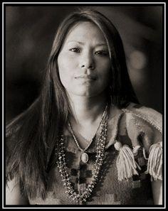 Tamara Lake - Navajo. Gary Auerbach Native American Portraits.