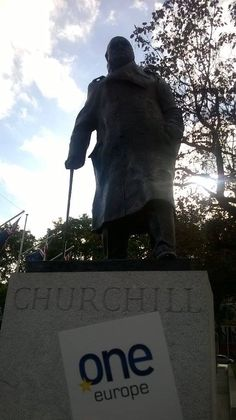 OneEurope - OneChurchill! Monument to Winston Churchill with @ivanbotoucharov #oneeurope #europe