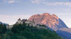 Castle of Gruyères, Gruyères, Fribourg, Switzerland Visit Switzerland, Switzerland Tourism, Castle Parts, Castle Pictures, Swiss Style, Famous Castles, Medieval Castle, Beautiful Architecture, Where To Go