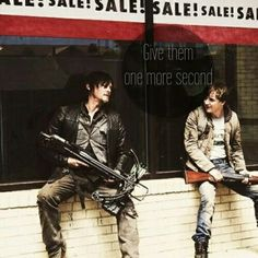 daryl & zach Season - 30 Days without an Accident Walking Dead Season 4, Walking Dead Tv Show, Fear The Walking Dead, Daryl And Jesus, Daryl Dies, Daryl Twd, Top Tv Shows, Bae, Talking To The Dead