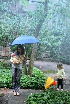 the sling diaries: rachael, lux and joan bea babywearing wisdom! #sakurabloom #babywearing