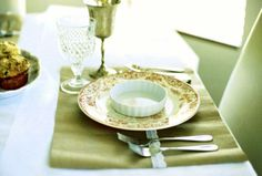 sweet table setting idea {perfect for Easter brunch}