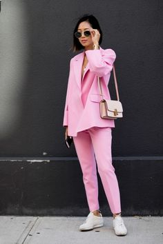 #AimeeSong in all pink. #2020AVE