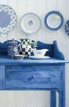 Blue and White Blue Rooms, White Rooms, Farm House Colors, Country Blue, Country Charm, White Cottage, Rose Cottage, Home And Deco, White Decor