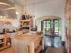 Robin Williams Napa Vineyard Estate kitchen
