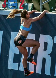 """onlyfitgirls: """"Brooke Wells by @realchrisrosa photography CF Games 2015 """""""