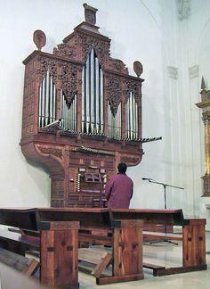 Órgano barroco del Monasterio de las Huelgas (Valladolid), c. 1706. Obra de Juan Casado Valdivielso