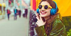 Cómo elegir los auriculares ideales para vos - http://saxoargentina.com.ar/2017/09/26/elegir-los-auriculares-ideales-vos/ En la actualidad, la oferta de aparatos electrónicos ha generado la necesidad recurrente de adquirir y utilizar audífonos. Con ellos podemos escuchar música, ver videos y hablar cómodamente a través de nuestros teléfonos o computadores. El mercado de losauriculares más populares, según envío y...