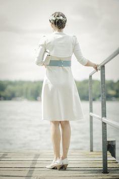 Labude Braut in unserem kurzen Brautkleid Audrey  Fotos: Nele Martensen