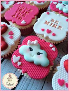 Pretty Kawaii Valentine's Cupcakes
