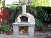 This is a great site that show how to build a pizza oven and how you can use it.