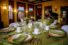 Gennett Mansion and TASTE by Jen Ferrell preparing Farm To Table Five Course Dinners .