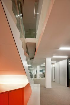 Following the successful response to the first office design, ACTWO Architects were charged with extending the ethos of the workplace for this now well-known...