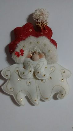 Christmas Ornaments To Make, Christmas Decorations, Xmas, Christmas Tree, Holiday Decor, Margarita, Projects To Try, Santa Clause, Diy Christmas Decorations