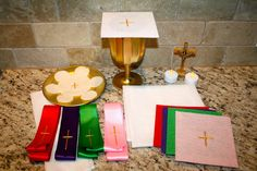 How to Make an Inexpensive, Homemade Mass Kit for your Kids ~ Catholic Missionary Family  GREAT post!