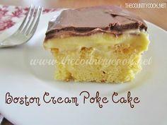 The Country Cook: Boston Cream Poke Cake. Also on this website: banana pudding poke cake, coconut cream poke cake. Food Cakes, Oreo Cupcakes, Cupcake Cakes, Köstliche Desserts, Dessert Recipes, Boston Cream Poke Cake, Cream Cake, Cake Mix Recipes, Cake Mixes
