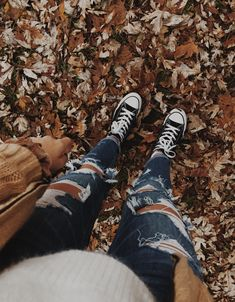 See more of hannahstrumila's content on VSCO. Cute Lazy Outfits, Cute Outfits For School, Sporty Outfits, Teen Fashion Outfits, Outfits For Teens, Trendy Outfits, Fall Outfits, Swag Outfits, Cute Ripped Jeans Outfit